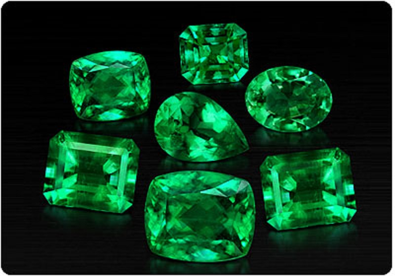 All About Emerald Gemstone In Astrology